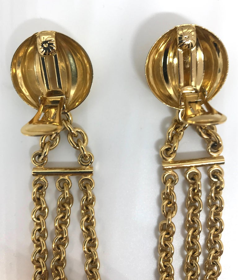 Bijoux Cascio of Italy 1980s Fringe Chain Earrings For Sale 1