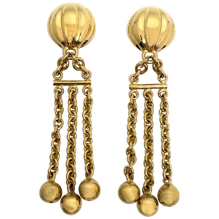 Bijoux Cascio of Italy 1980s Fringe Chain Earrings For Sale