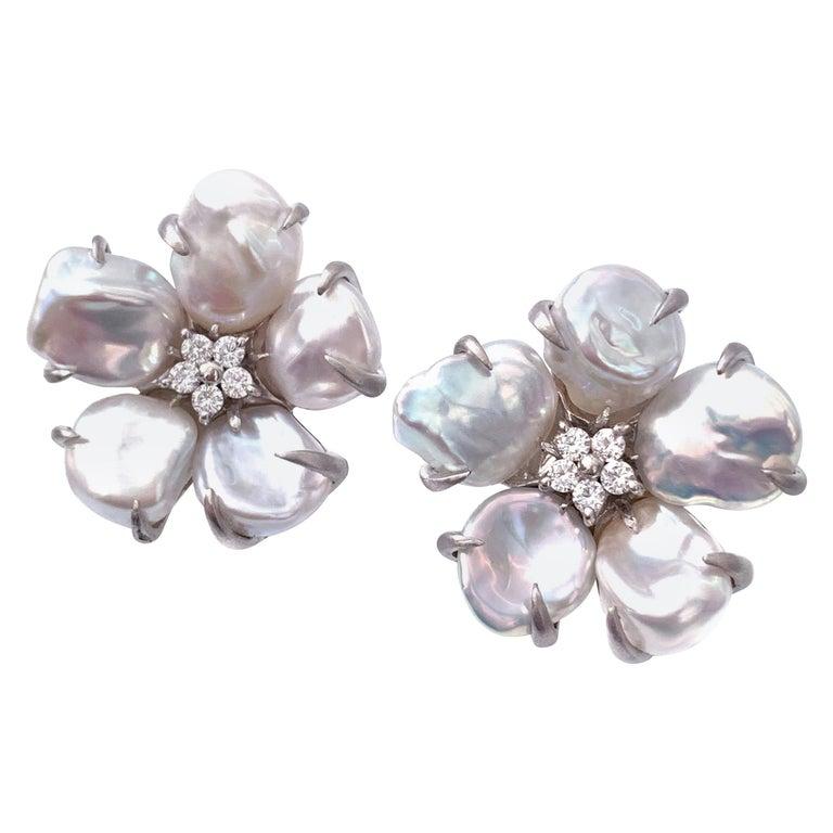 Bijoux Num Baroque Pearl Flower Earrings For Sale