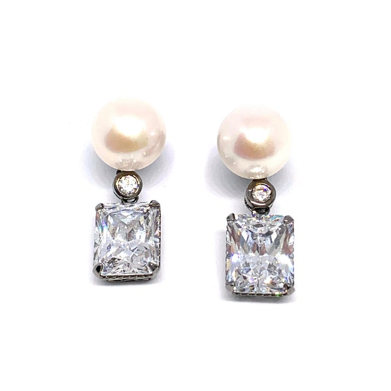 Bijoux Num Cultured Pearl and Faux Diamond Drop Earrings In New Condition For Sale In Los Angeles, CA