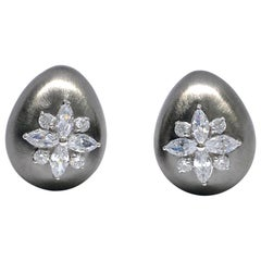 Egg-shape Marquis Faux Diamond  Flower Clip-on Black Rhodium Earrings