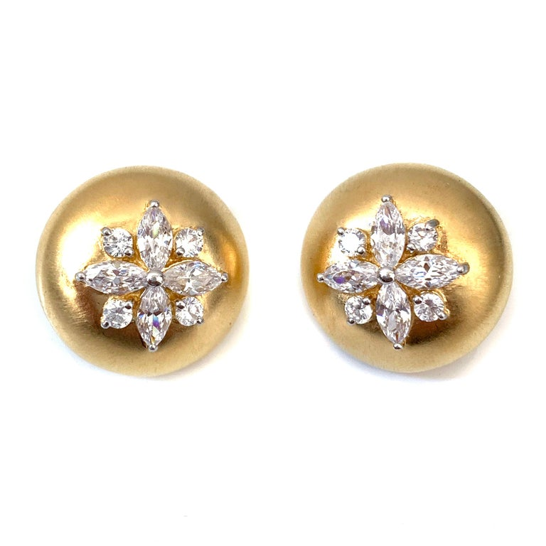 Contemporary Bijoux Num Flower Faux Diamond Round Button Clip-on Earrings For Sale