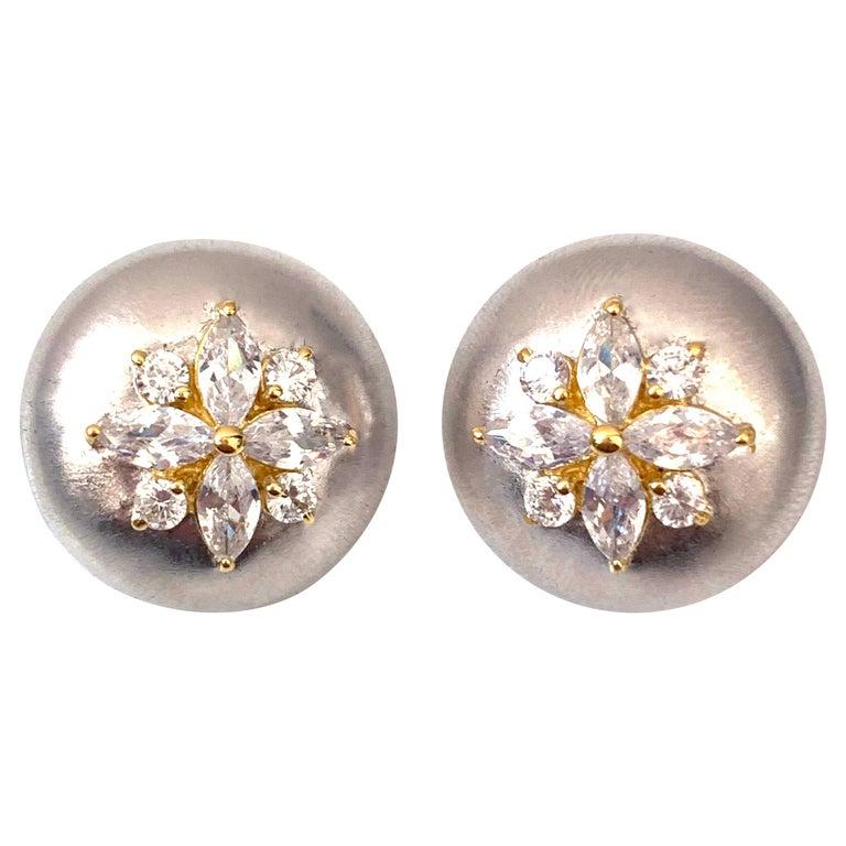 Bijoux Num Flower Faux Diamond Round Button Clip-on Earrings For Sale