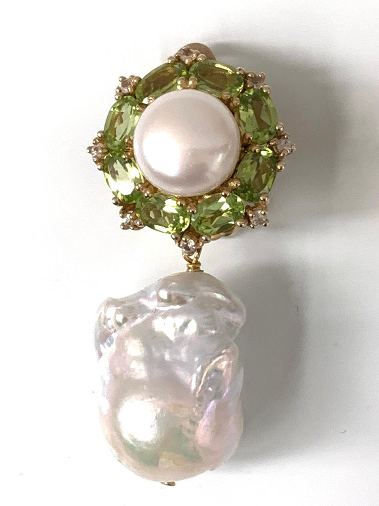 Bijoux Num Pearl Peridot White Sapphire and Baroque Pearl Drop Earrings In New Condition For Sale In Los Angeles, CA