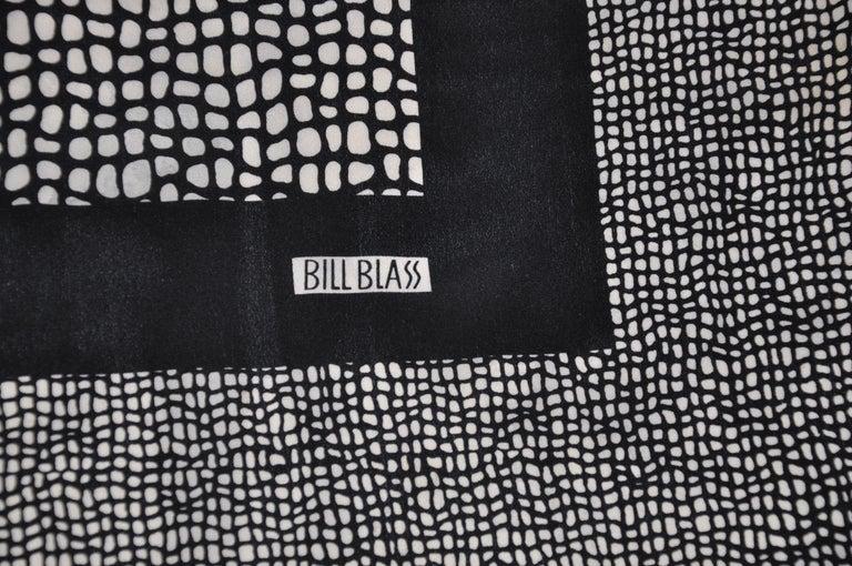 Black Bill Blass Royal Navy & Ivory