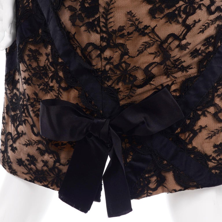 Bill Blass Vintage Black Lace Over Peach Tan Silk Evening Dress With Back Bow For Sale 6