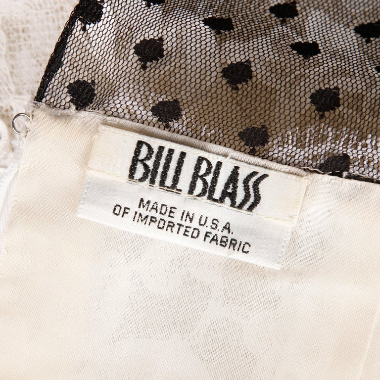 Bill Blass Vintage Lace Dress In Excellent Condition For Sale In Sparks, NV