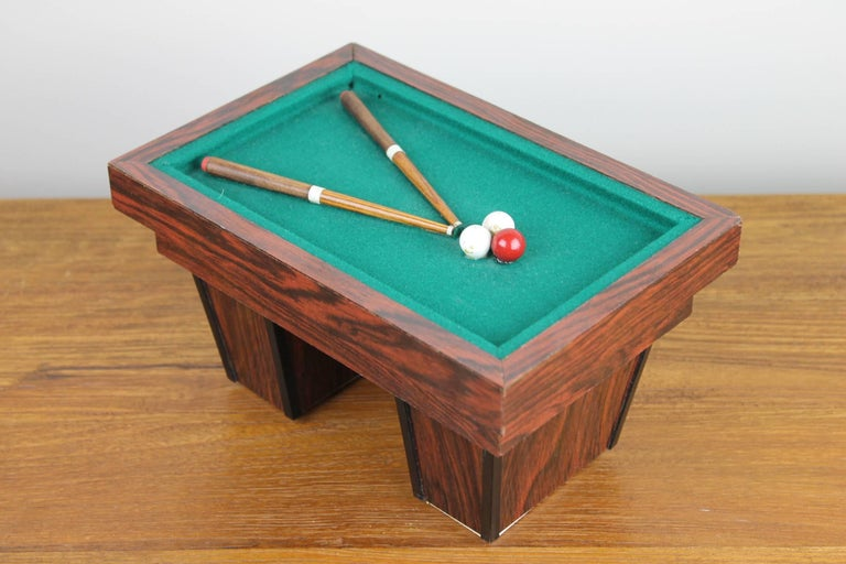 Billiard Table, Game Table, Miniature Object, 1960s In Excellent Condition For Sale In Antwerp, BE