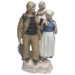 Bing & Grondahl Figurine of Fisherman Family No 2025