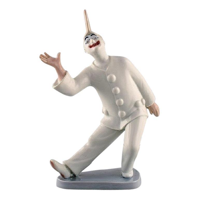 Bing & Grondahl Porcelain Figurine, Pierrot, Model Number 2353 For Sale