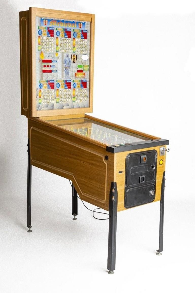 Wonderful bingo pinball of Italian manufacture, realized during the 1980s.  Made in wood, glass and plastic.  Totally working.