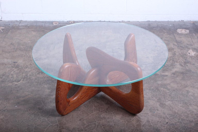 Biomorphic Oak Table in the Style of Noguchi For Sale 1