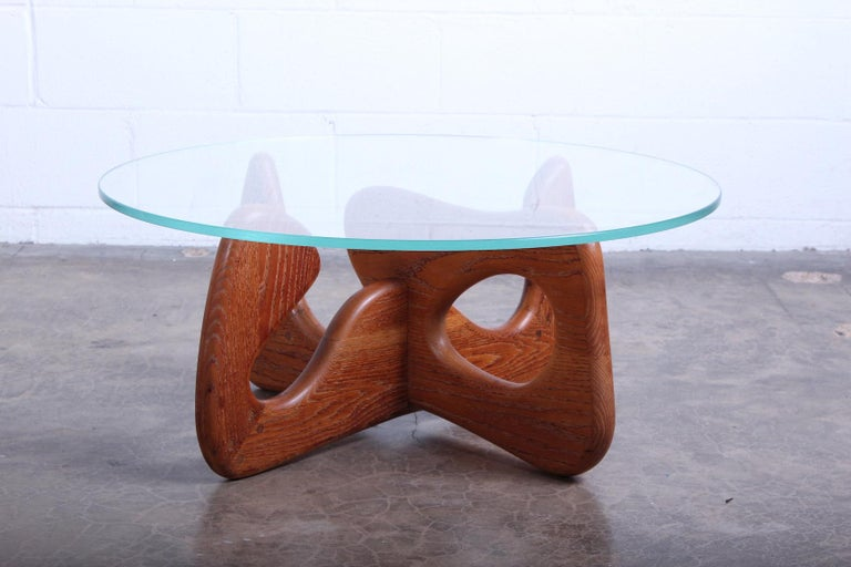 Biomorphic Oak Table in the Style of Noguchi For Sale 2