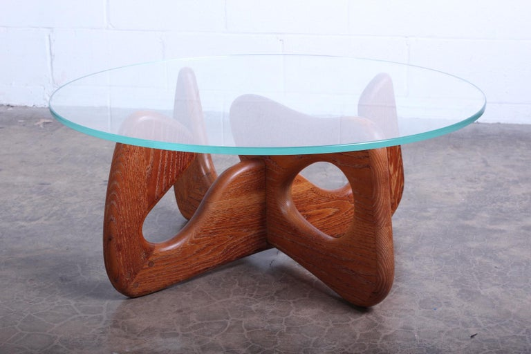 Biomorphic Oak Table in the Style of Noguchi For Sale 3