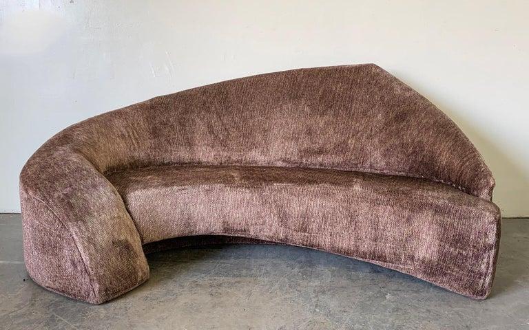 Post-Modern Vladimir Kagan Style Biomorphic Postmodern Sofa For Sale
