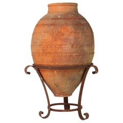 Biot Pot on Stand