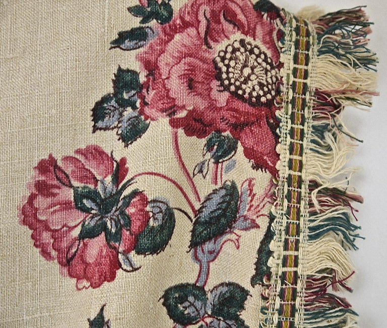 Birds and Flowers Linen Panel and Pair of Linen Curtains, French 19th Century For Sale 5