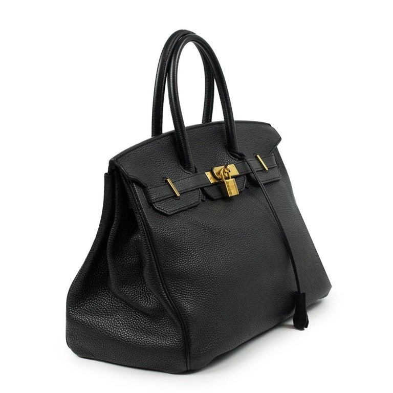 - Designer: HERMÈS - Model: Birkin 35 - Condition: Very good condition. Minor sign of wear on base corners, Interior stains, Scratches on hardware, Bag restored by a professional - Accessories: Raincoat - Measurements: Width: 35cm , Height: 24cm,