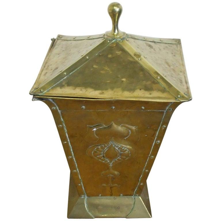 Birmingham Guild of Handicraft, Art & Crafts, Brass Coal Bucket For Sale