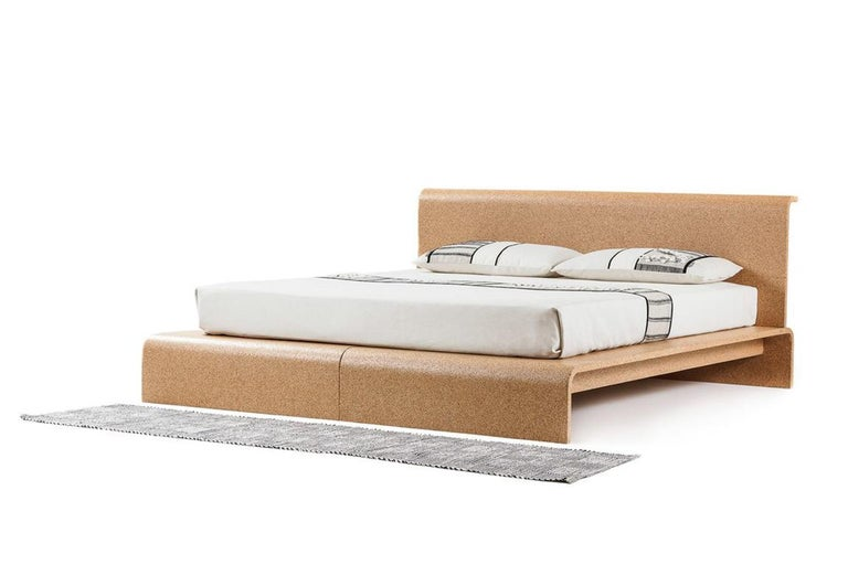 BISU cork bed frame, designed and manufactured by OTQ, is the first cork bed in the world which is capable to join functionality, ethics of well-being and design. The absence of metallic components, the naturalness of cork, its antistatic properties