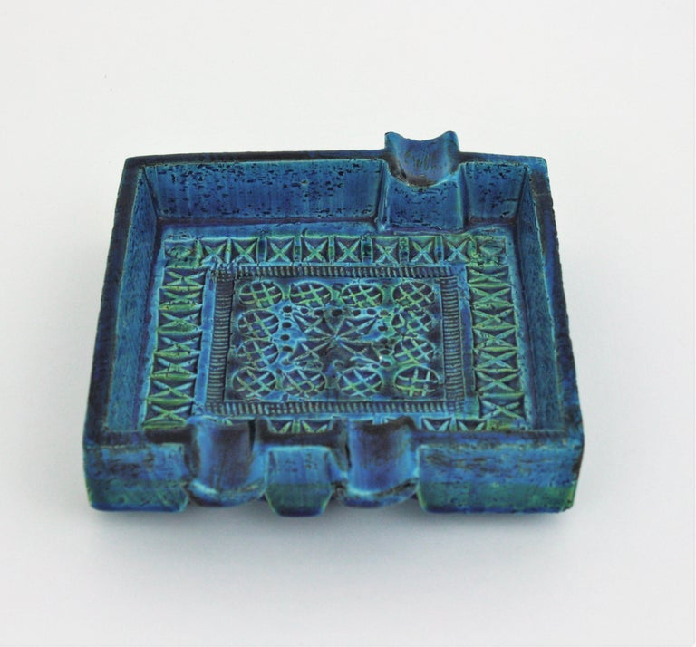 20th Century Bitossi Aldo Londi Rimini Blue Glazed Ceramic Large Square Ashtray For Sale