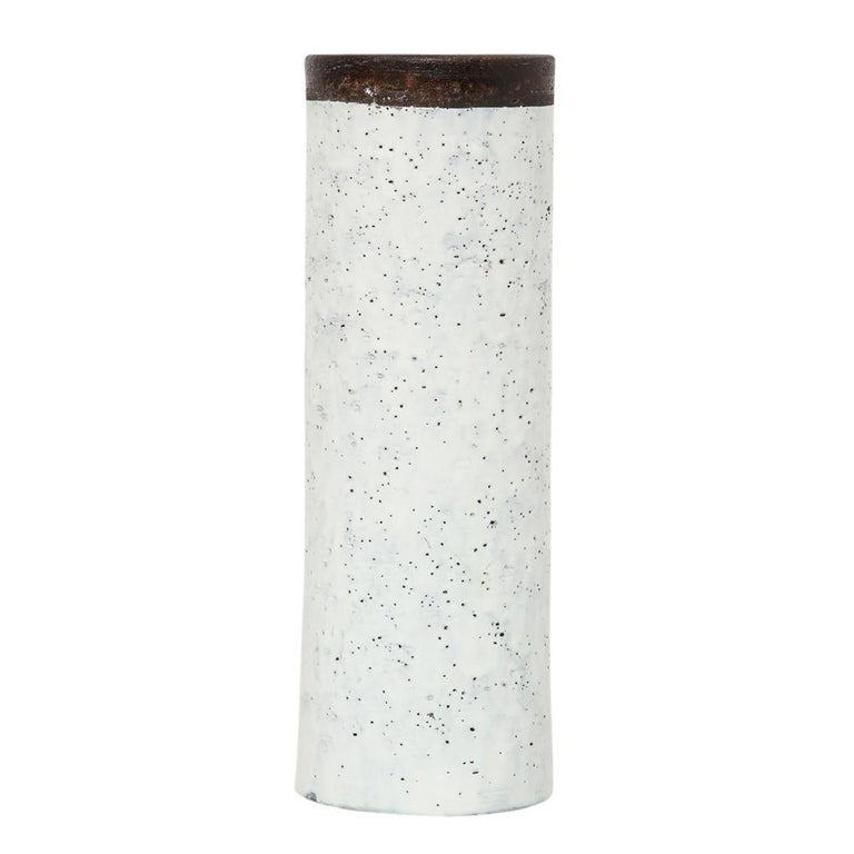 Bitossi for Raymor Vase, Ceramic, White and Brown, Signed In Good Condition For Sale In New York, NY