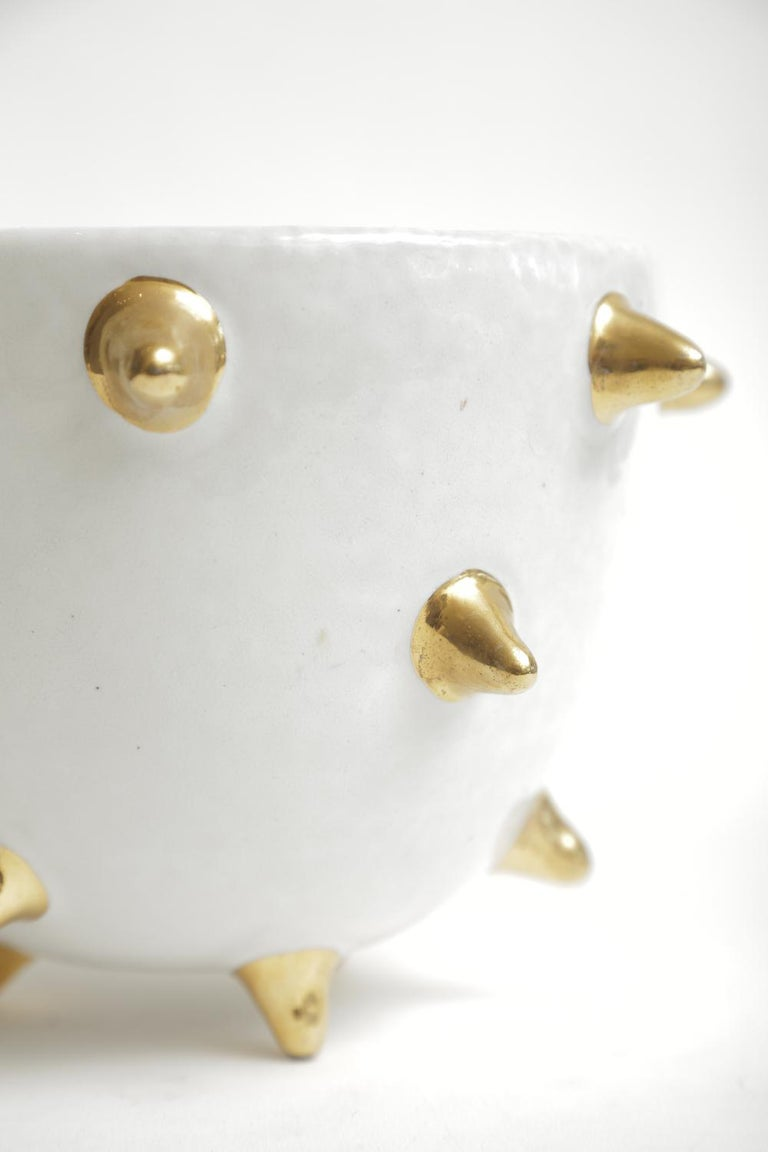 Mid-20th Century Bitossi Italian Glazed Ceramic White Bowl with Gold Ceramic Spikes Vintage For Sale
