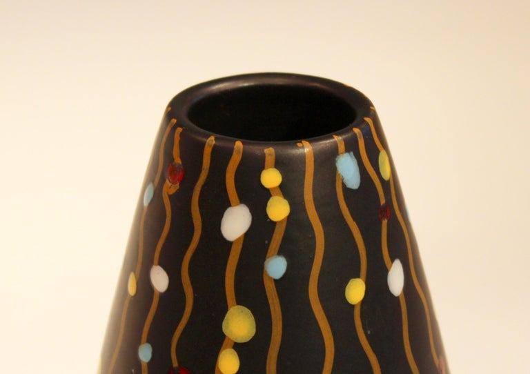 Bitossi Italian Pottery Raymor Vase Vintage 1950s Early V Mark Londi Ceramic In Excellent Condition For Sale In Wilton, CT