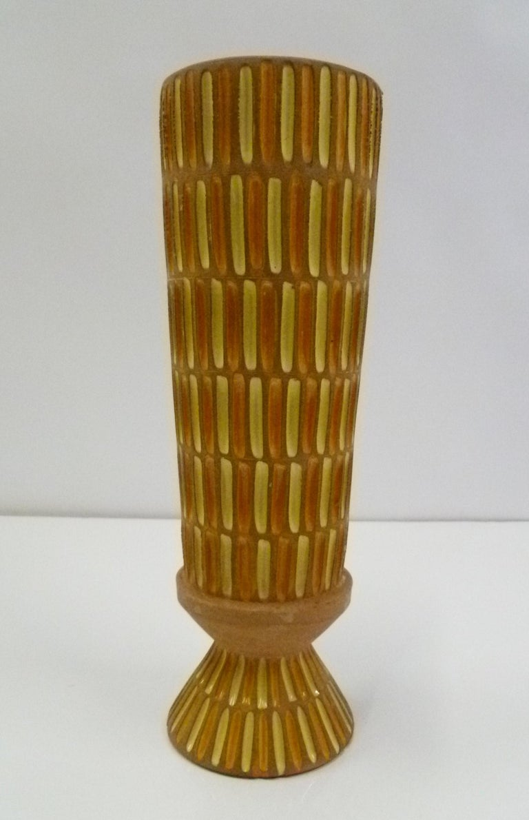 Mid-Century Modern Bitossi Midcentury Italian Tall Footed Vessel for Raymor by Aldo Londi, 1960s For Sale
