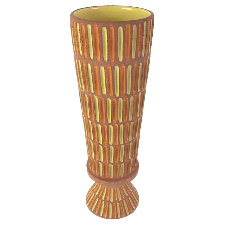 Bitossi Midcentury Italian Tall Footed Vessel for Raymor by Aldo Londi, 1960s For Sale