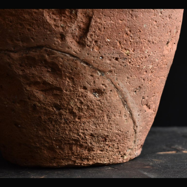 Bizen Pot with Wave Patterns in Japan circa 15th Century 'Muromachi Period' For Sale 3