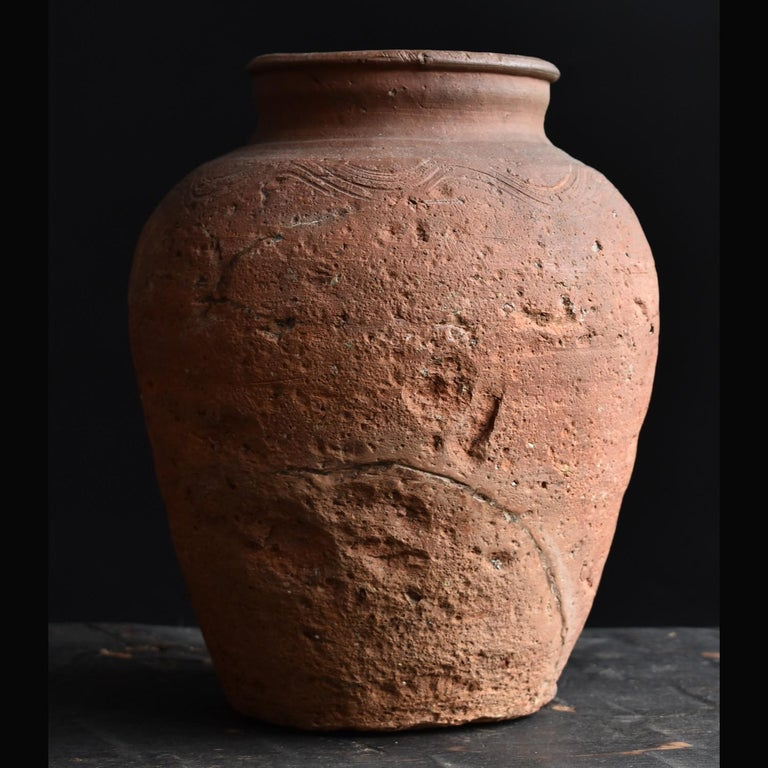 Hand-Crafted Bizen Pot with Wave Patterns in Japan circa 15th Century 'Muromachi Period' For Sale