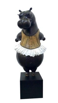 Hippo Ballerina, tiptoe