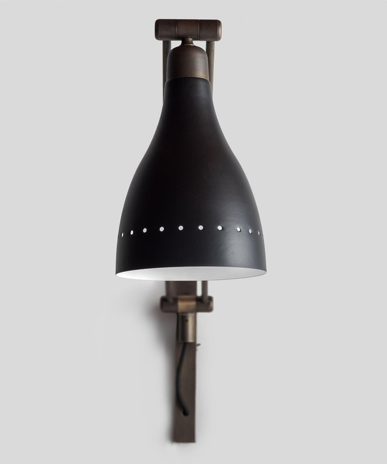 Black and Brass Modern Sconce, Italy, 21st Century In New Condition For Sale In Culver City, CA