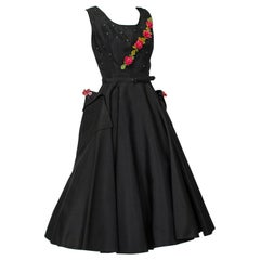 Black and Fuchsia Rosebud Vine Yawn-Pocket Ballerina Dress – Large, 1950s