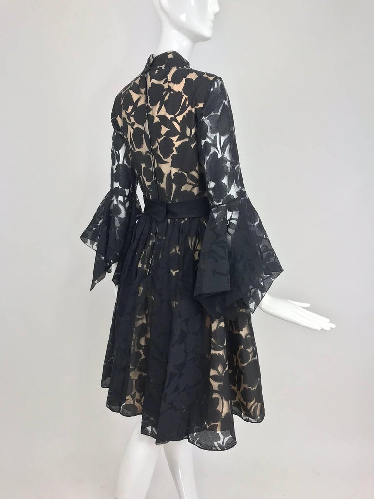 Black and nude voided organza handkerchief sleeve dress, 1960s For Sale 2