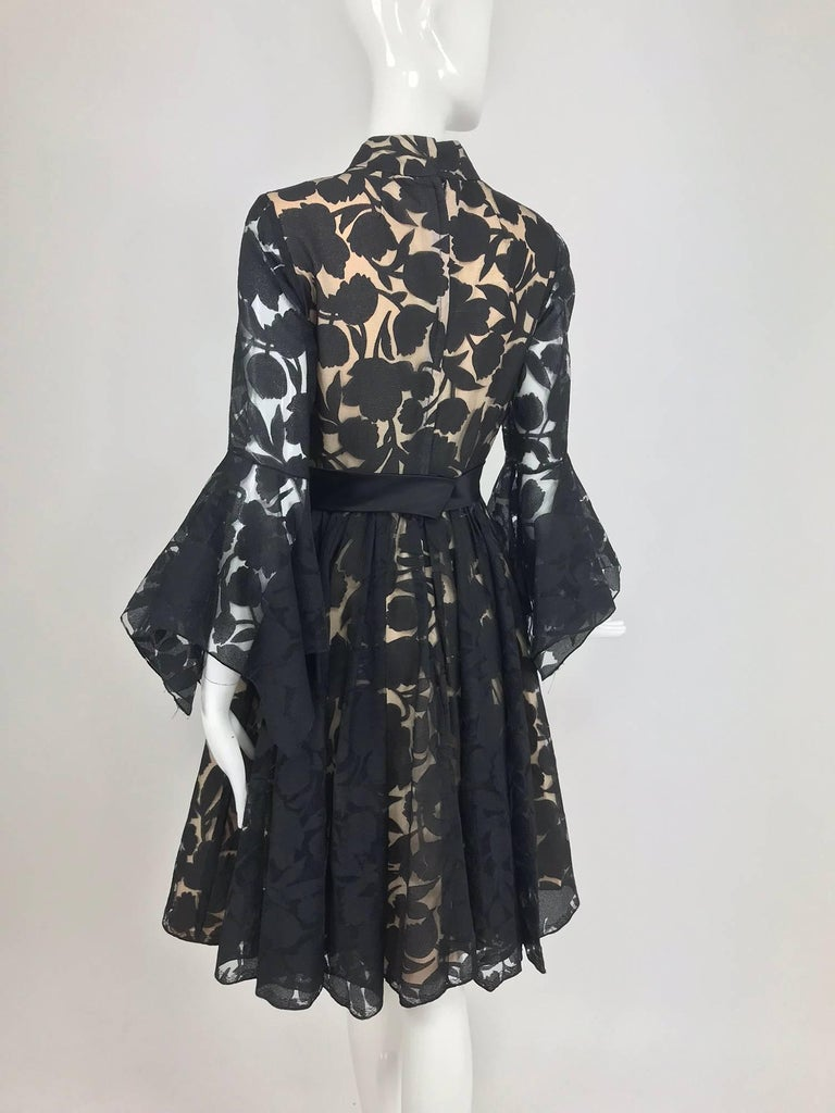 Black and nude voided organza handkerchief sleeve dress, 1960s For Sale 5