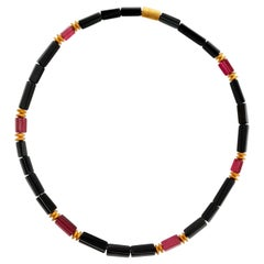 Black and Red Tourmaline Crystal Beaded Necklace with 18 Carat Mat Yellow Gold