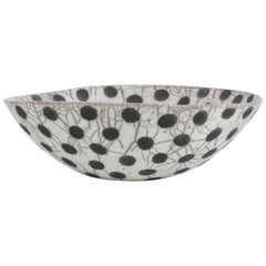 Black and White Ceramic Bowl, Coupe à Pois