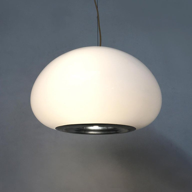 Black and White Chandelier by Achille and Piergiacomo Castiglioni for Flos, 1965 In Good Condition For Sale In MIlano, IT