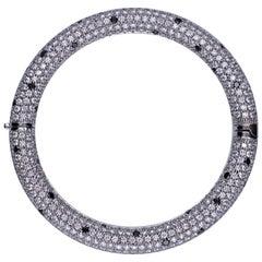 Black and White Diamond 18 Kt. White Gold Bangle