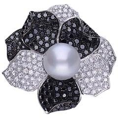 Black and White Diamond Australian Pearl 18 Kt. White Gold Cocktail Flower Ring