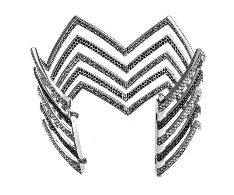 Art Deco 18 Carat Black and White Diamond Chevron Cuff in 18 Karat White Gold For Sale