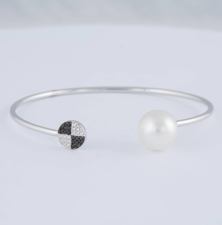 Round Cut Black and White Diamond South Sea Pearl Bangle 0.12 Carat 18 Karat White Gold For Sale