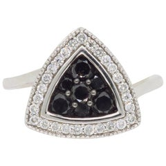 Black and White Diamond Triangular Fashion Ring