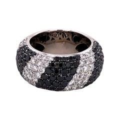 Black and White Diamonds Zebra Ring in 18 Karat White Gold