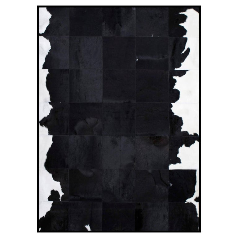 Black and White Luxurious customizable El Gordo Cowhide Area Floor Rug Large For Sale