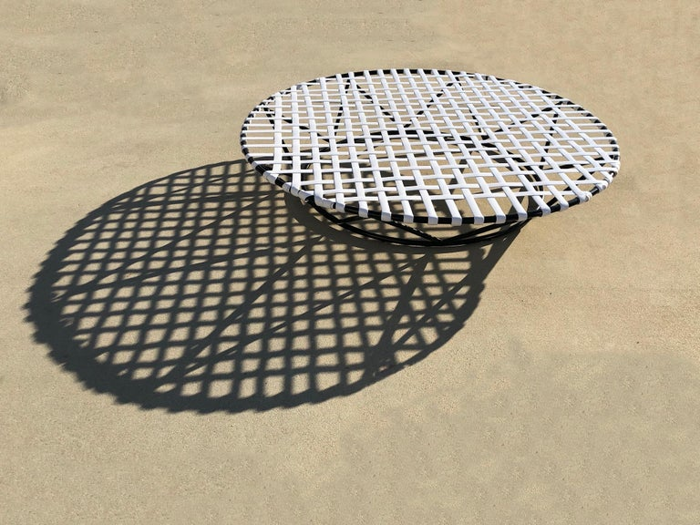 Black and White Outdoor Sun Circle Chaise by Tropitone For Sale 3