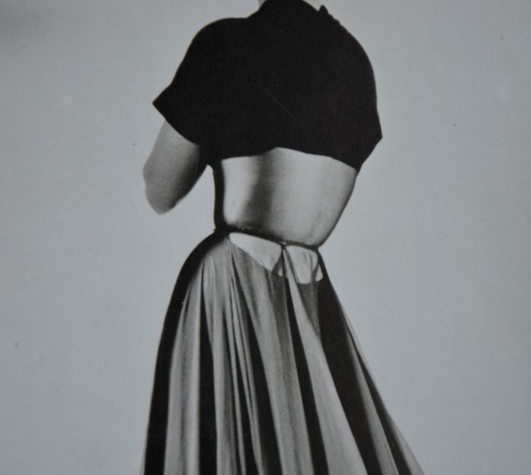 Black and White Photo Lithograph by Maurice Tabard for Harper's Bazaar, 1947 For Sale 4
