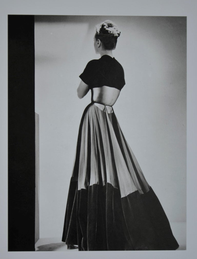 Black and White Photo Lithograph by Maurice Tabard for Harper's Bazaar, 1947 For Sale 7